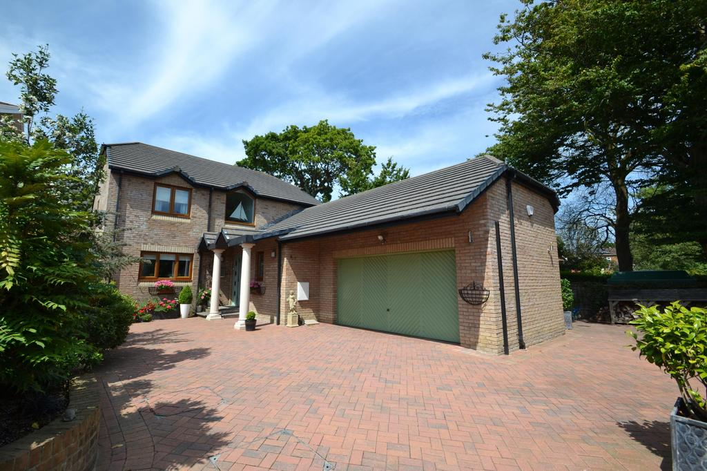 4 Bedrooms Detached House for sale in Daddon Hill, Northam