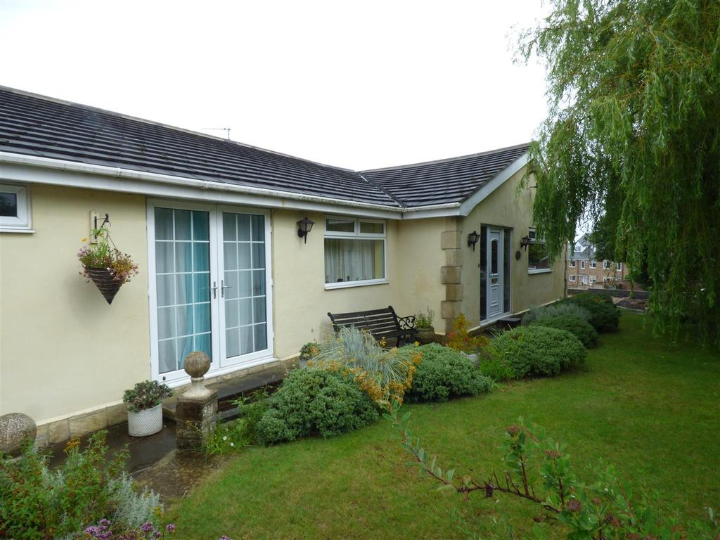 3 Bedrooms Detached Bungalow for sale in Kenton Lodge, East Rainton