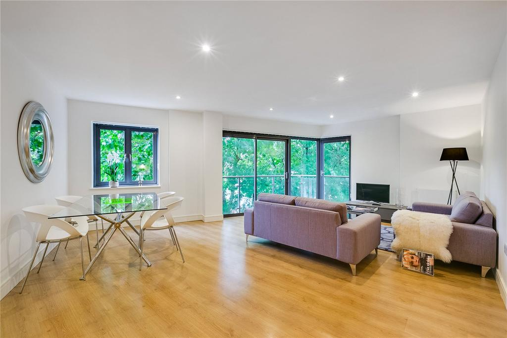 2 Bedrooms Flat for sale in Percy Laurie House, 217 Upper Richmond Road, Putney, London