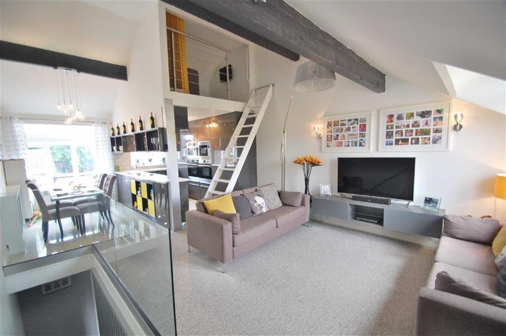 3 Bedrooms Town House for sale in Kensington Court, Wilmslow, Cheshire