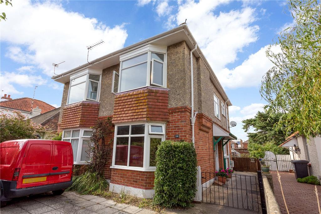 2 Bedrooms Flat for sale in Rowena Road, Bournemouth, Dorset, BH6