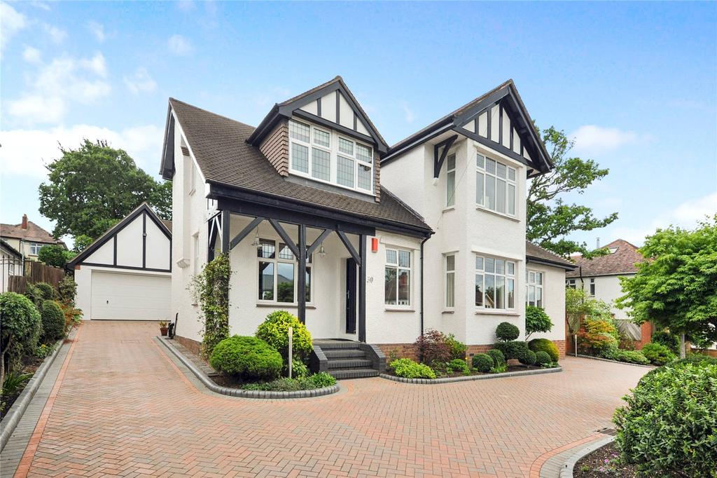 4 Bedrooms Detached House for sale in Bettws-y-Coed Road, Cardiff, CF23