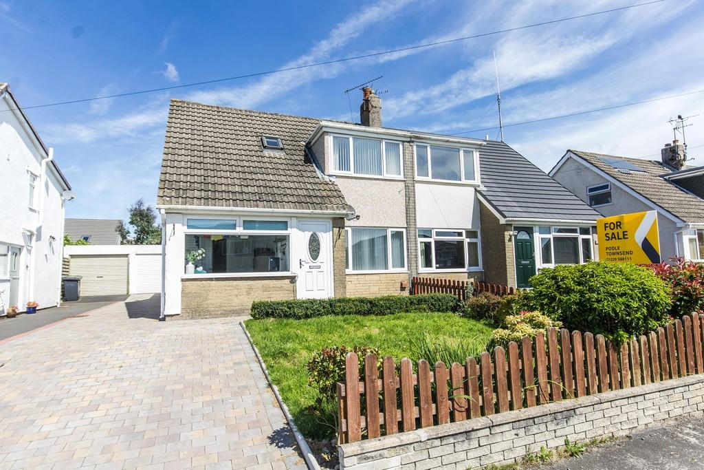 3 Bedrooms Semi Detached House for sale in Birchwood Drive, Ulverston