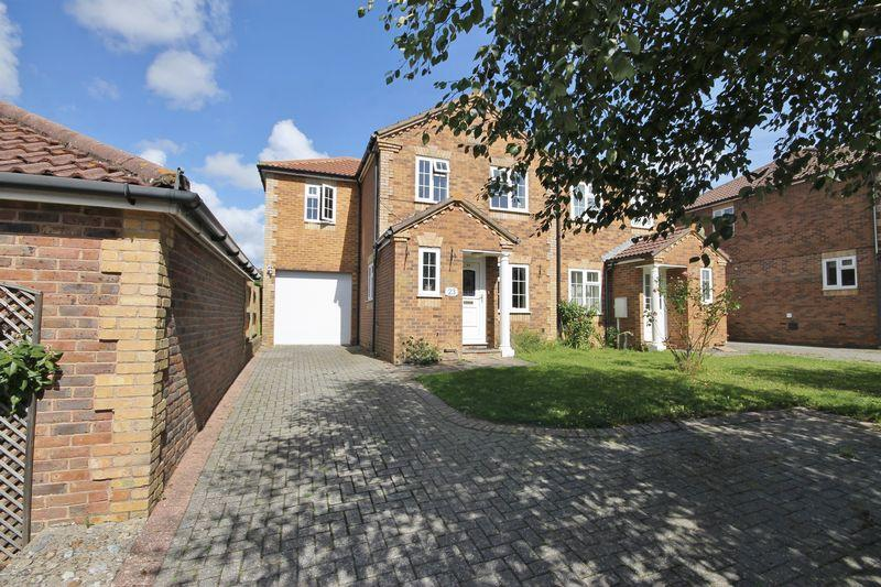 4 Bedrooms Semi Detached House for sale in Woodpecker Crescent, Burgess Hill, West Sussex
