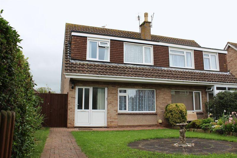 3 Bedrooms Semi Detached House for sale in EXTENDED FAMILY HOME in Hutton