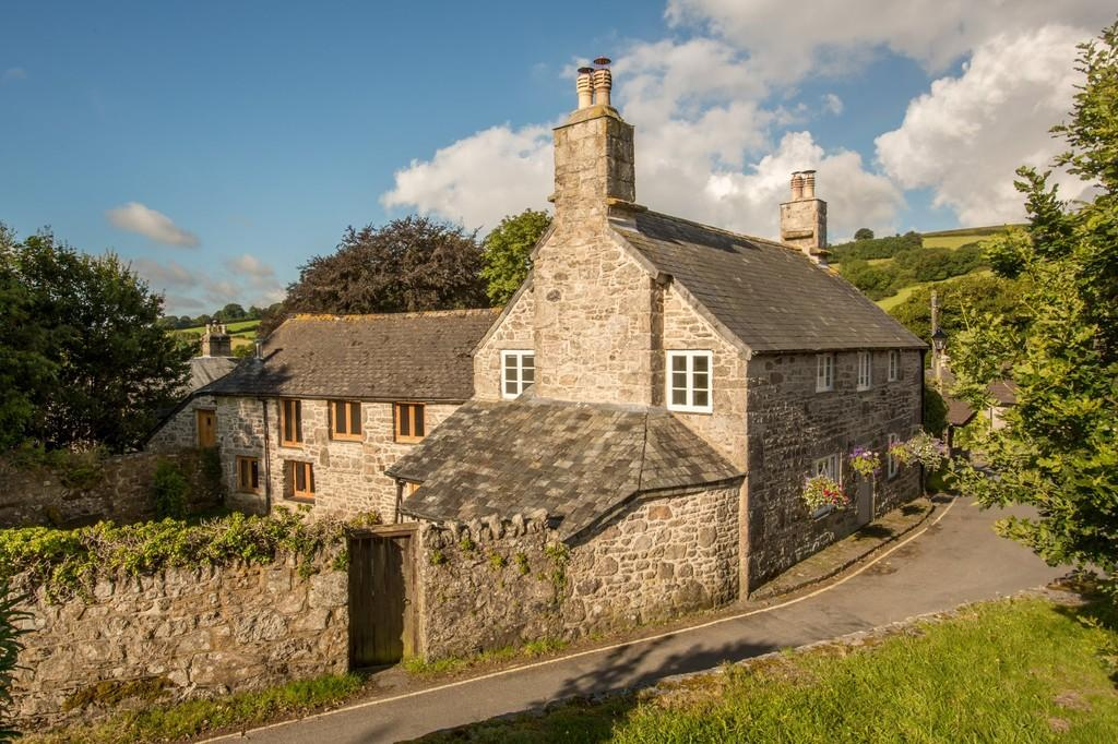 4 Bedrooms Farm House Character Property for sale in Widecombe-In-The-Moor, Devon