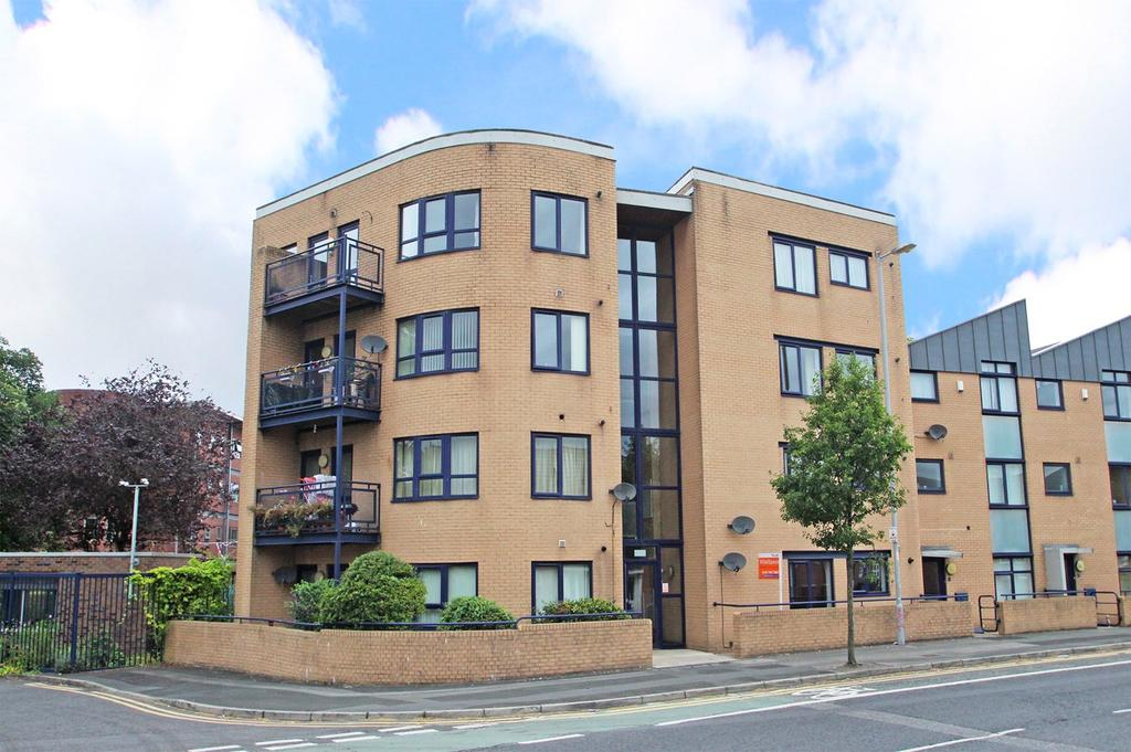 2 Bedrooms Apartment Flat for sale in Chichester Road South, Hulme, Manchester, M15