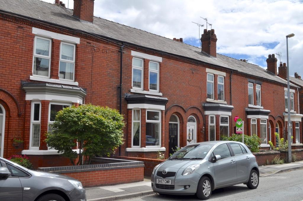 3 Bedrooms Terraced House for sale in Moss Road, Winnington, Northwich, CW8