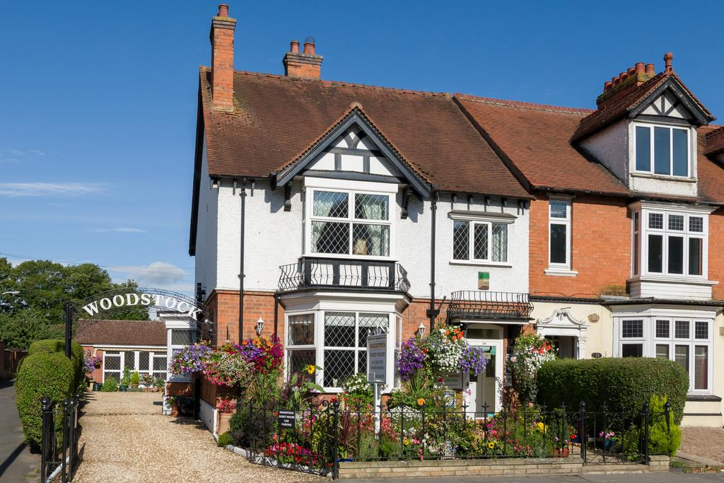 6 Bedrooms End Of Terrace House for sale in Grove Road, Stratford-Upon-Avon