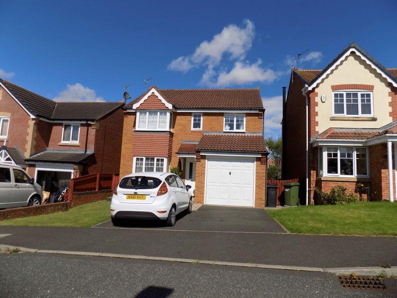 4 Bedrooms Detached House for sale in Kendal Rise, Bedlington