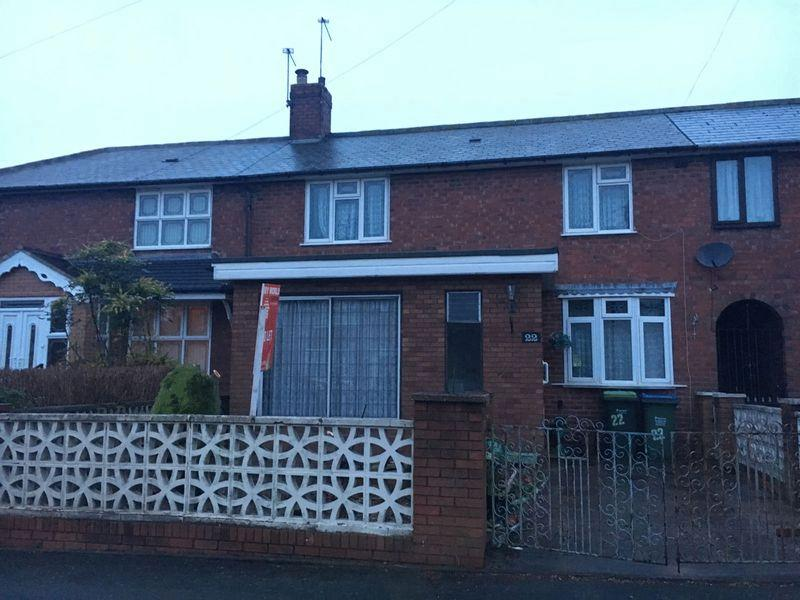 3 Bedrooms Semi Detached House for sale in Three Bedroom Semi Detached House for sale on Turton Road, West Bromwich