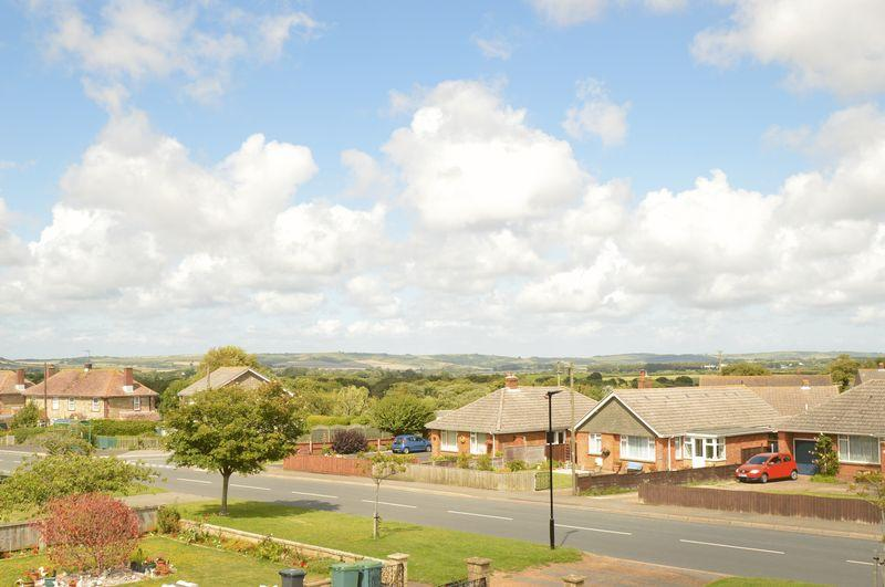3 Bedrooms Detached Bungalow for sale in GODSHILL