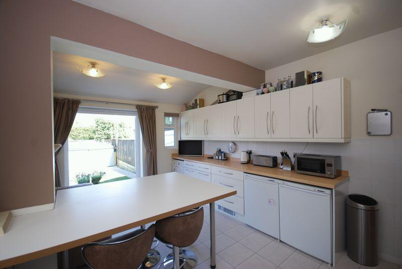 2 Bedrooms Semi Detached House for sale in Southwood Road, Rusthall, Tunbridge Wells