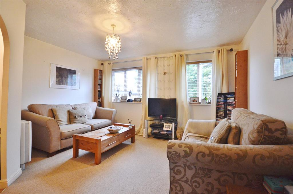 1 Bedroom Apartment Flat for sale in Rochester Drive, Garston, Hertfordshire, WD25