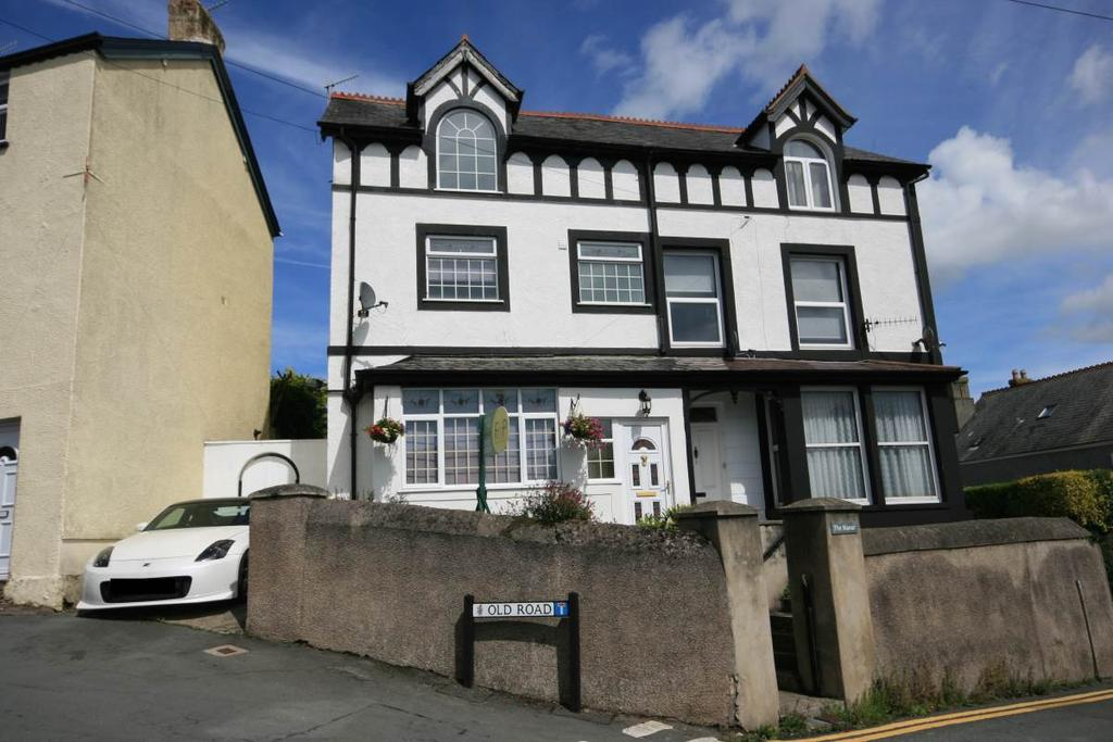 4 Bedrooms Semi Detached House for sale in Sychnant Pass Road, Conwy, LL32 8NS