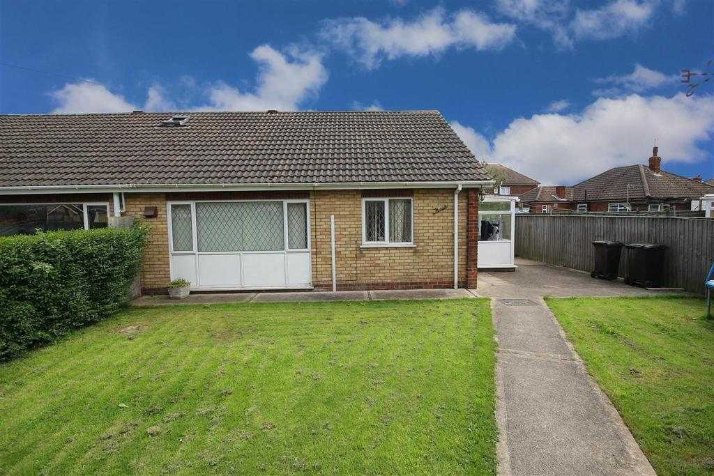 2 Bedrooms Semi Detached Bungalow for sale in 6 Elm Avenue, Mablethorpe