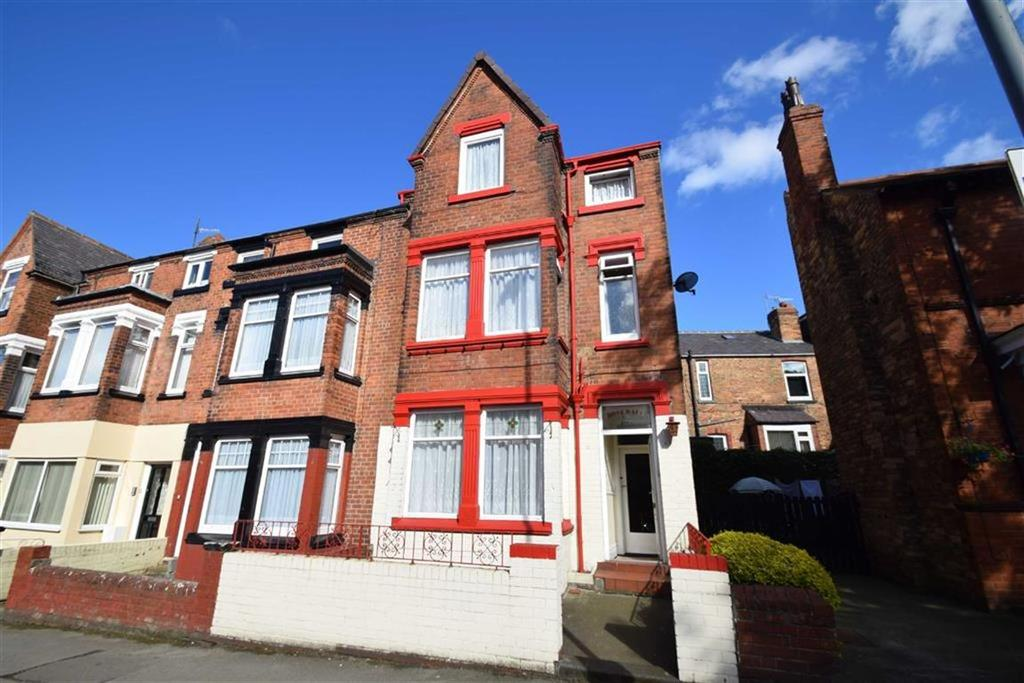 6 Bedrooms Town House for sale in Columbus Ravine, Scarborough, North Yorkshire, YO12