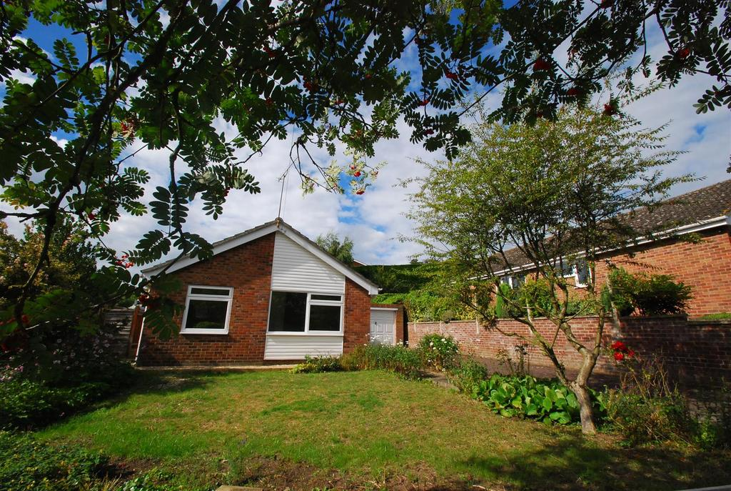 3 Bedrooms Detached Bungalow for sale in Starre Road