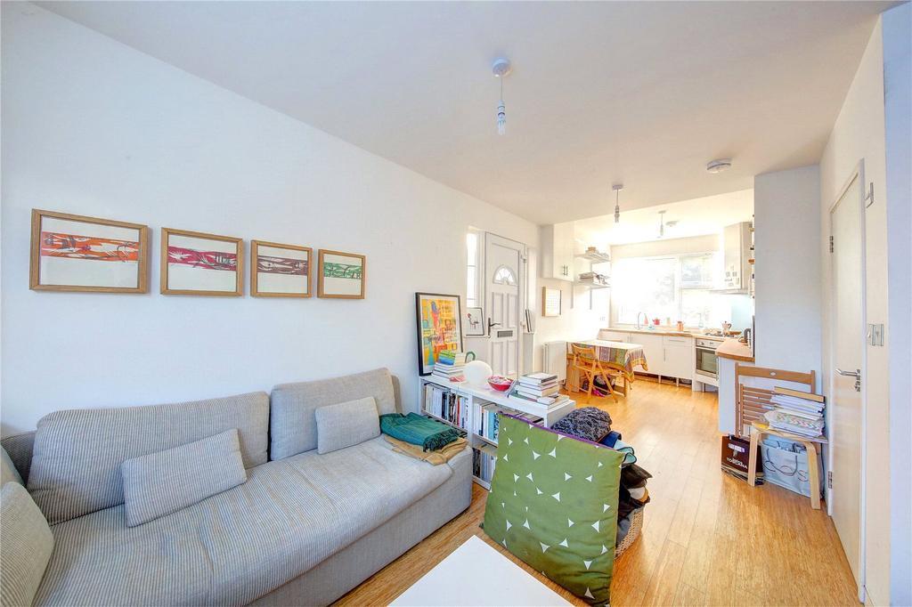 1 Bedroom Detached House for sale in Wellesley Road, Twickenham, TW2