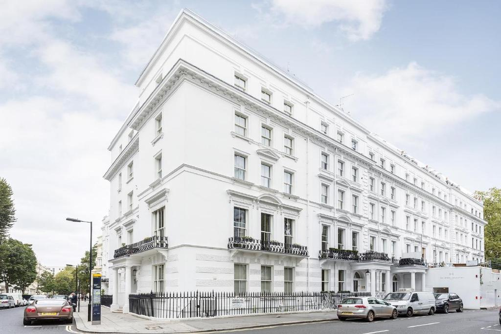 1 Bedroom Flat for sale in Craven Hill Gardens, Bayswater