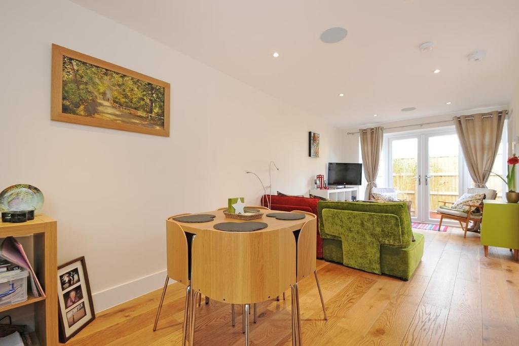 1 Bedroom Flat for sale in Church Road, Kingston upon Thames