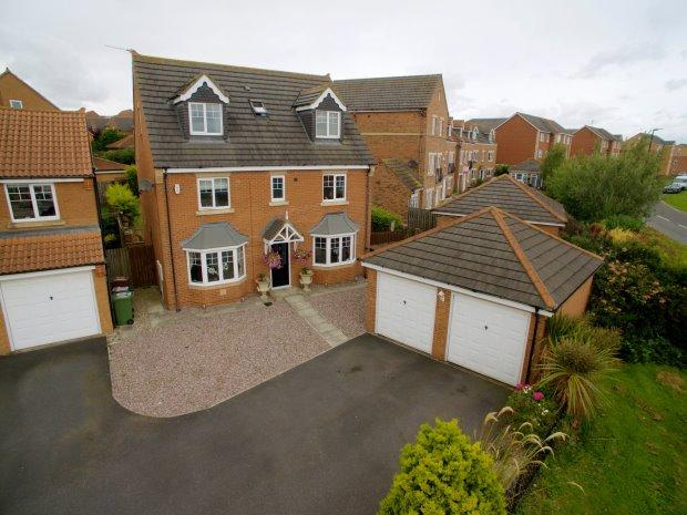 5 Bedrooms Detached House for sale in DEWBERRY CLOSE, BISHOP CUTHBERT, HARTLEPOOL