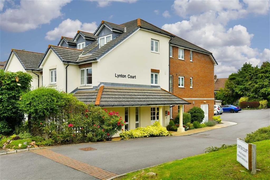 1 Bedroom Flat for sale in Park Hill Road, Epsom, Surrey