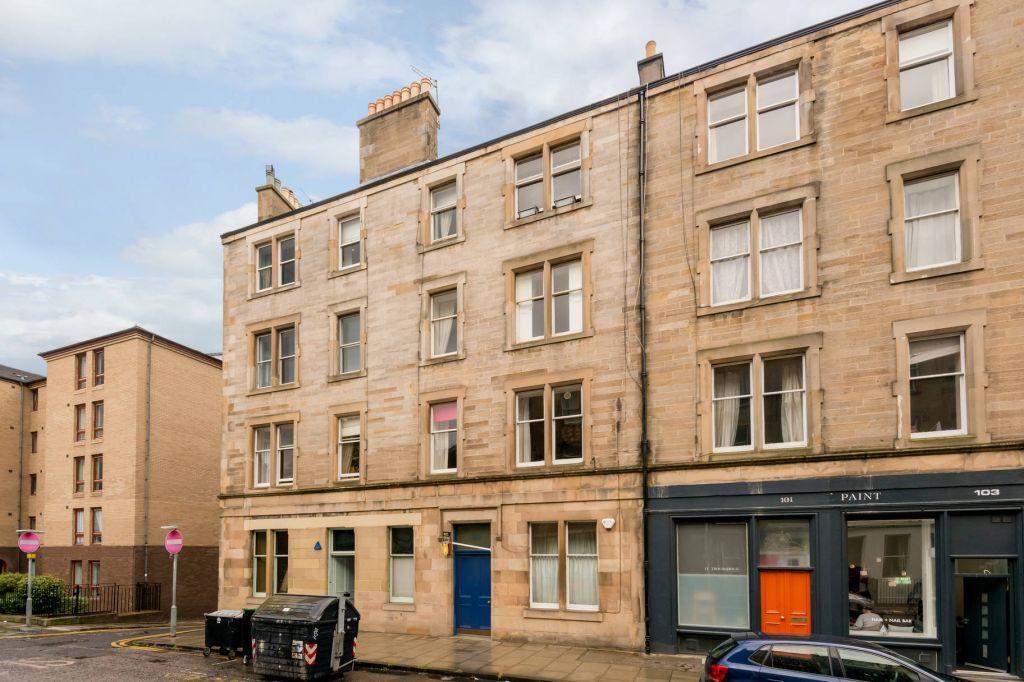 3 Bedrooms Flat for sale in 99 (Flat 5) Henderson Row, Stockbridge, Edinburgh, EH3 5BB