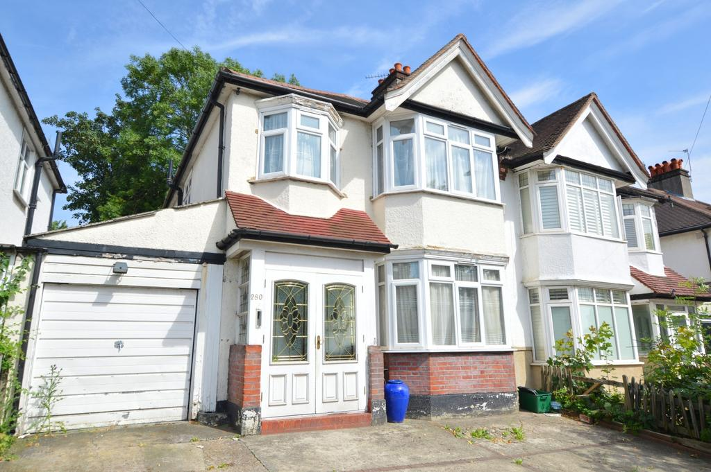 3 Bedrooms Semi Detached House for sale in Grange Road London SE19