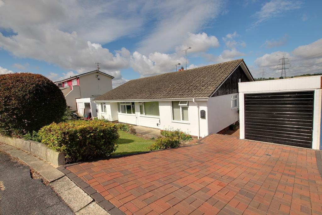 4 Bedrooms Semi Detached Bungalow for sale in HORNDEAN