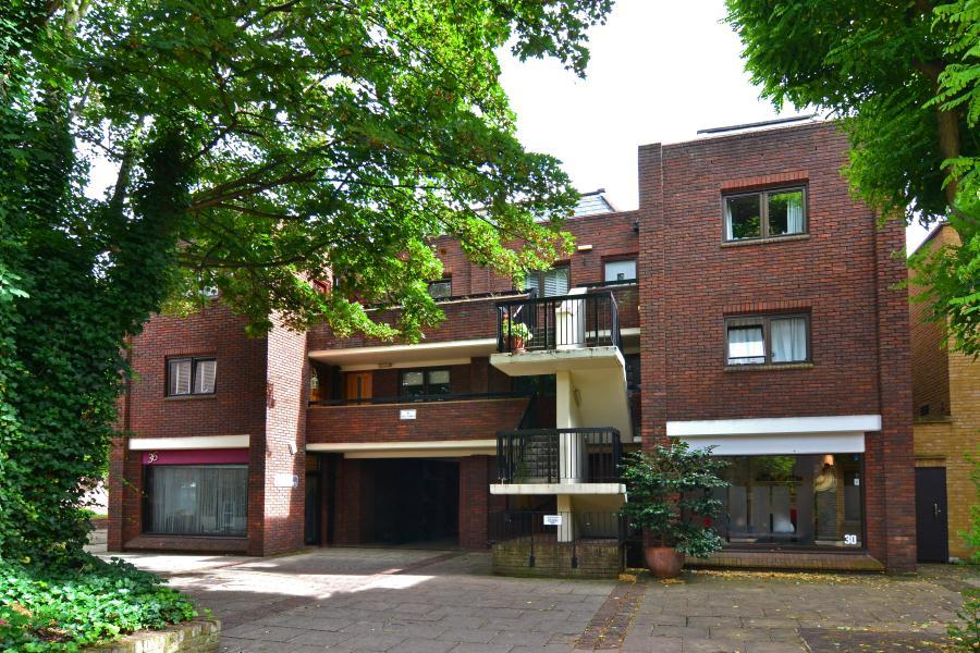 1 Bedroom Flat for sale in Union Court, Richmond