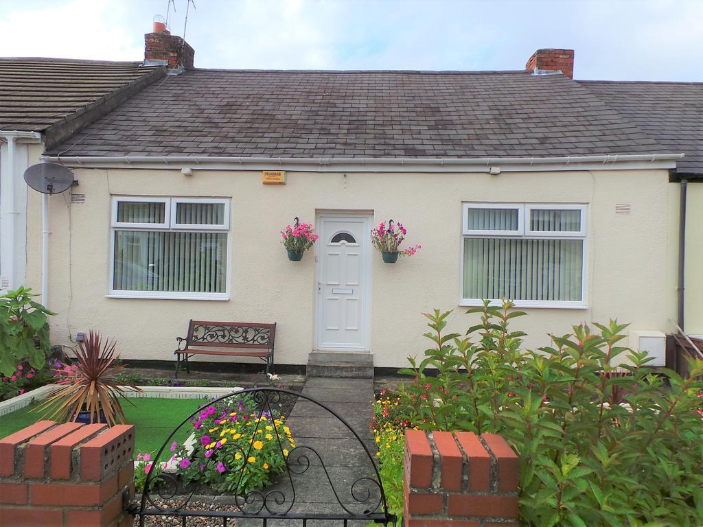 2 Bedrooms Bungalow for sale in Spoor Street, Dunston, Gateshead NE11