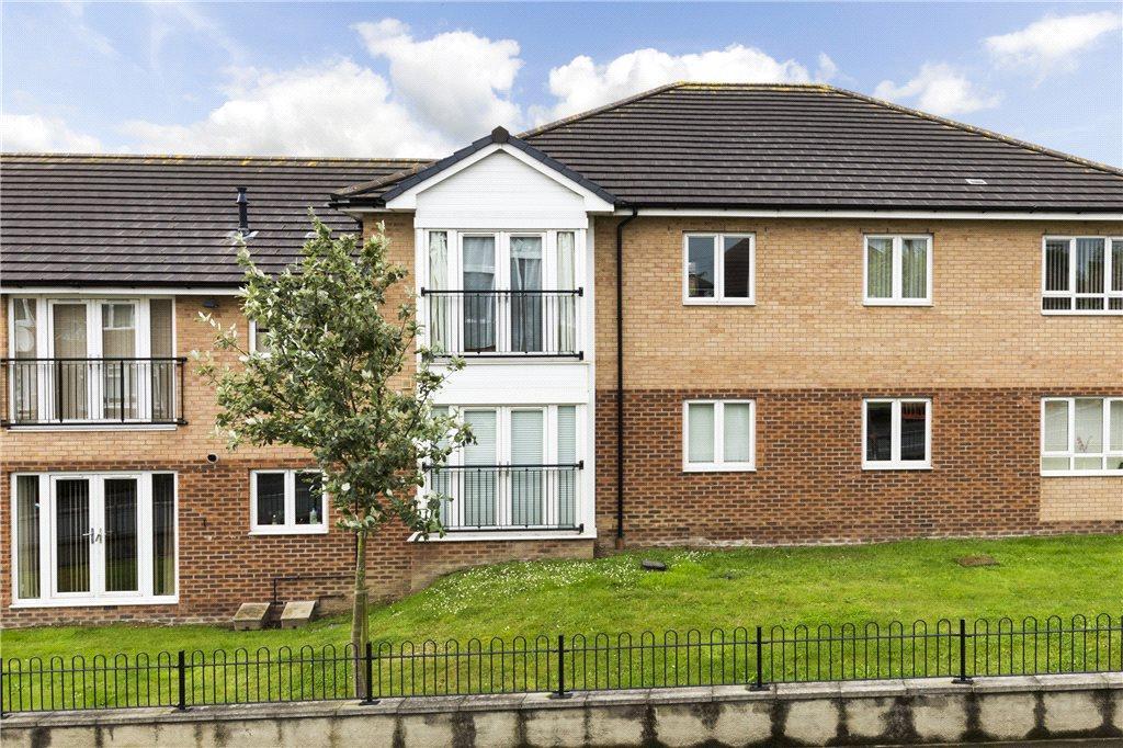 2 Bedrooms Apartment Flat for sale in Broad Lane, Bramley, Leeds