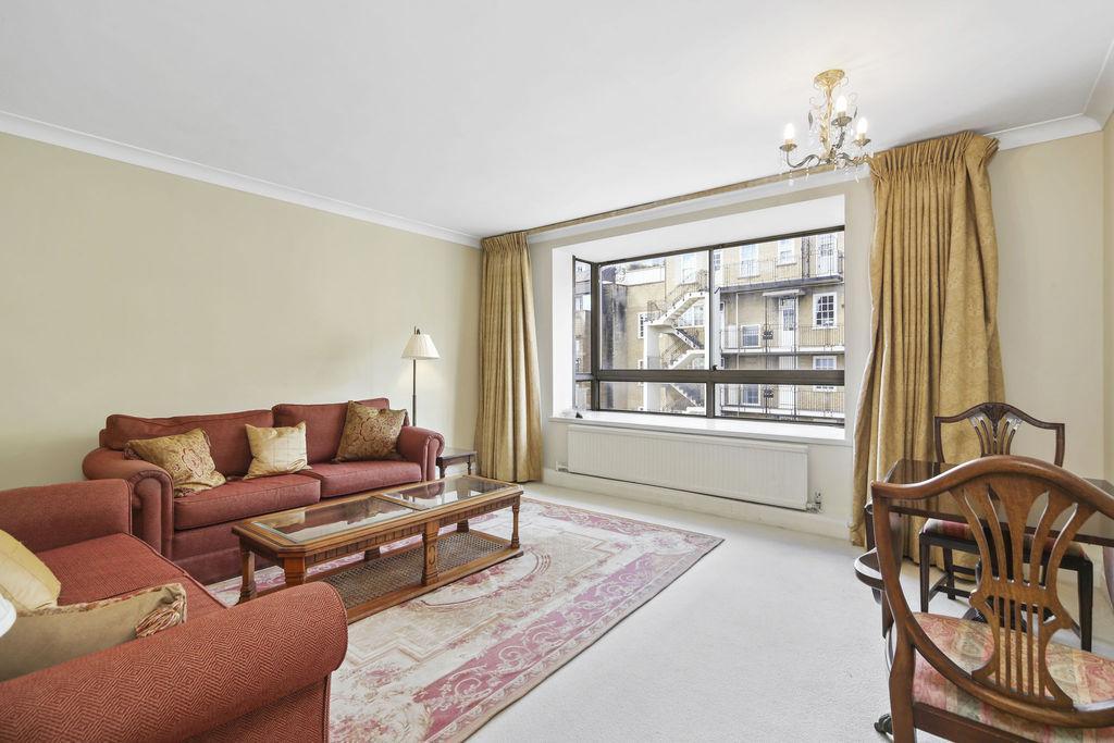 2 Bedrooms Flat for sale in Kinnerton Street, Belgravia
