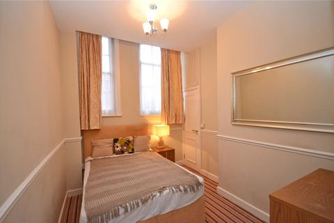 Apartment to rent - Oxford Road, Tilehurst, Reading, Berkshire, RG31