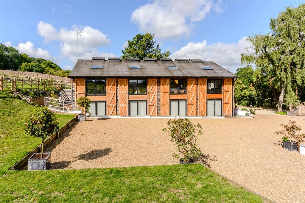 5 Bedrooms Barn Conversion Character Property for sale in Kimpton Bottom, Kimpton, Hitchin, Hertfordshire