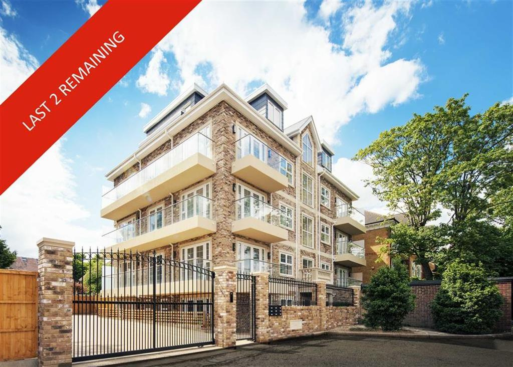 3 Bedrooms Apartment Flat for sale in LAST 3 BED, Jasmine Court, Freshfield Drive, Southgate, London