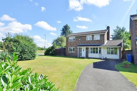 4 bedroom detached house to rent - Pensarn Gardens, Callands, Warrington