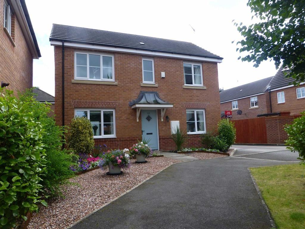 3 Bedrooms Detached House for sale in Lambourne Court, Wrexham