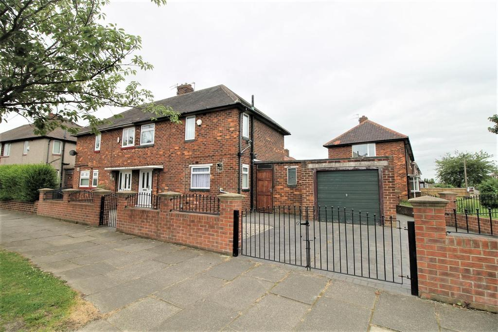 2 Bedrooms Semi Detached House for sale in Ingram Road, Middlesbrough