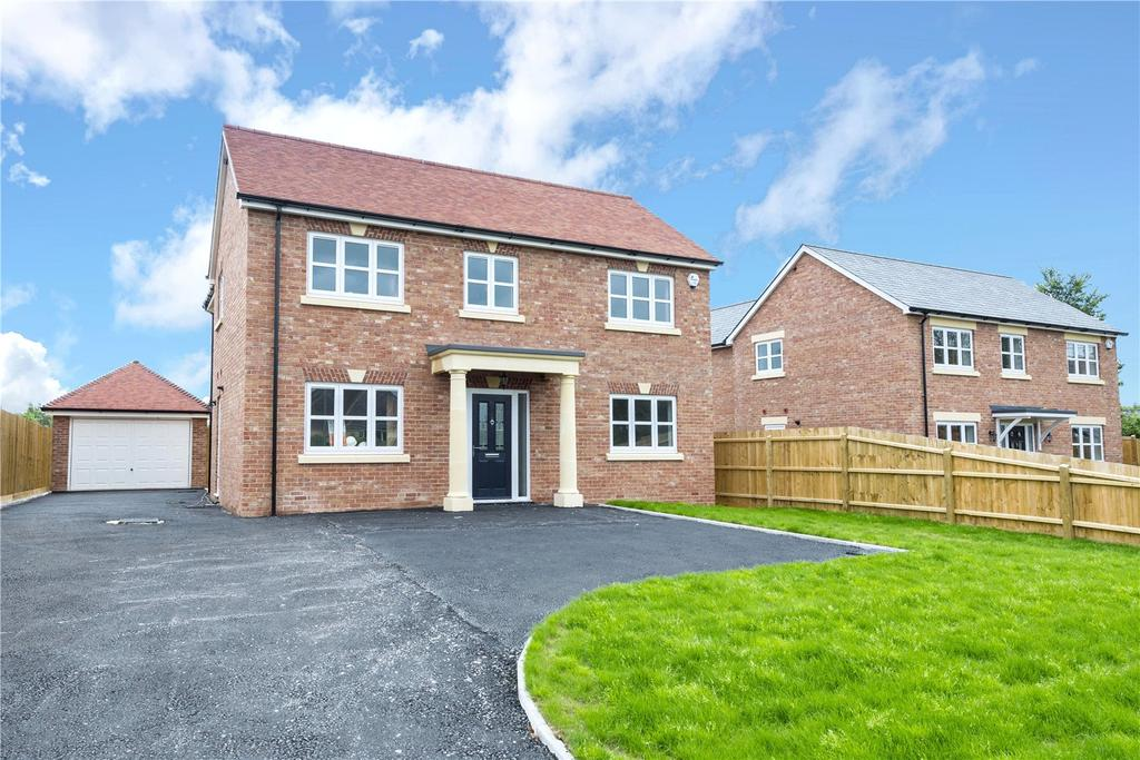 4 Bedrooms Detached House for sale in Rockdene, Glue Hill, Sturminster Newton, Dorset