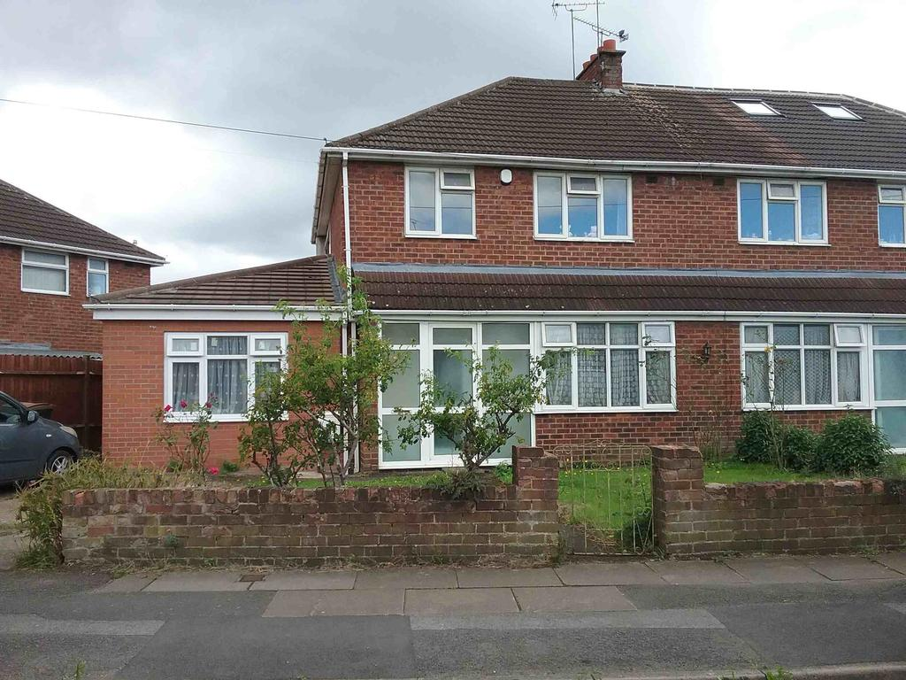 3 Bedrooms House for rent in Cubbington Road, Coventry