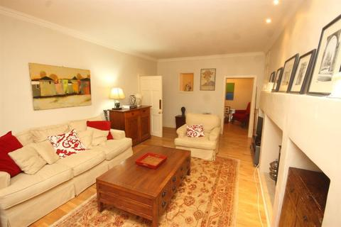 3 bedroom flat to rent - Manor Place