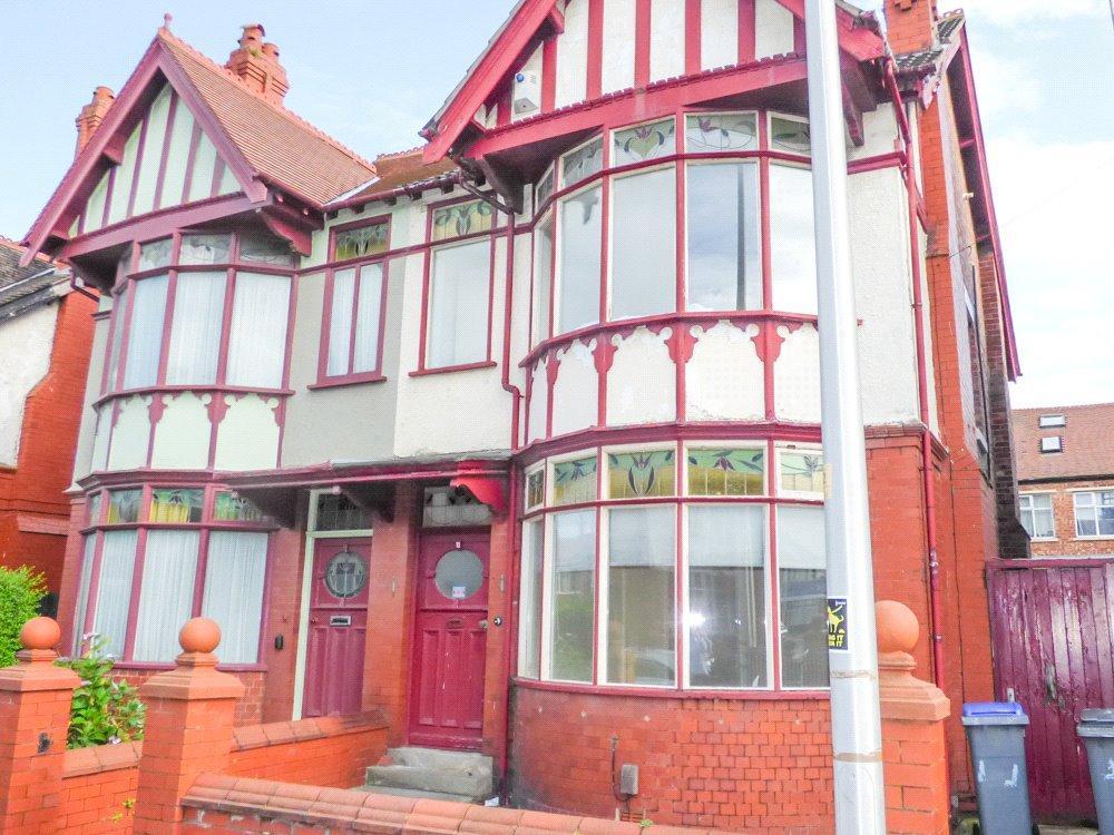 3 Bedrooms Semi Detached House for sale in Kensington Road, Blackpool, Lancashire