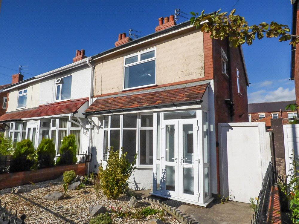 3 Bedrooms Link Detached House for sale in Ellesmere Road, Marton, Blackpool