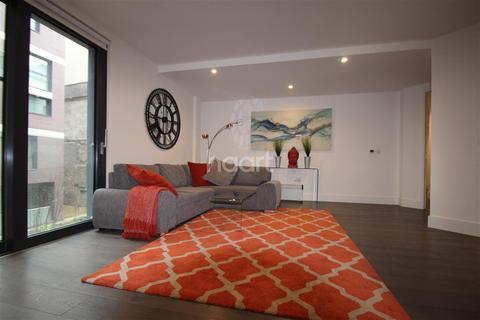 2 bedroom flat to rent - Finzel's Reach