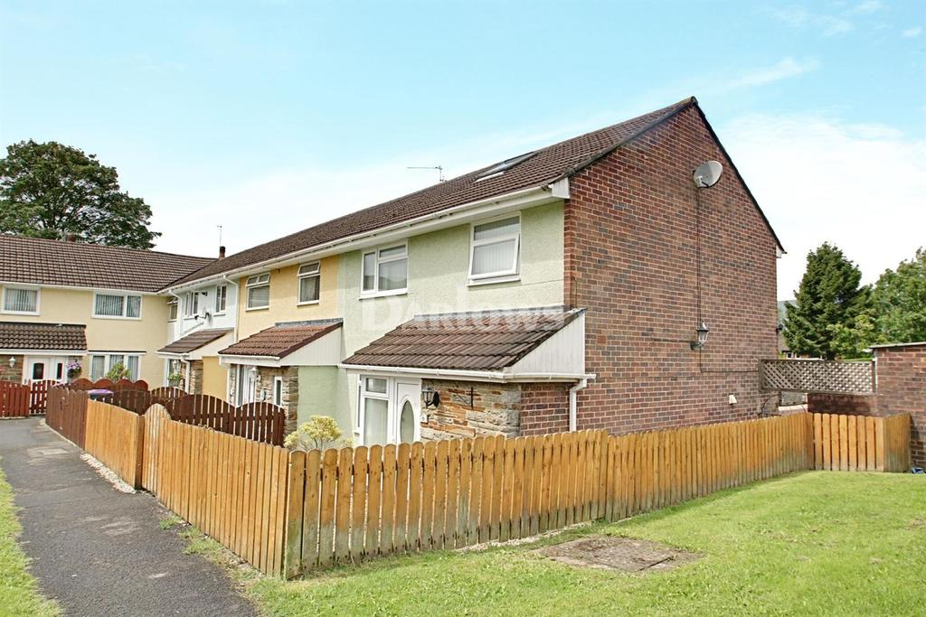 3 Bedrooms End Of Terrace House for sale in Poplar Road, Croesyceiliog, Cwmbran