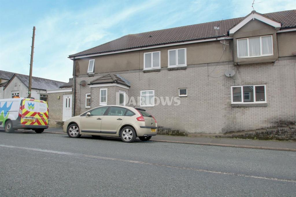 2 Bedrooms Flat for sale in Zion court, Tynant Road
