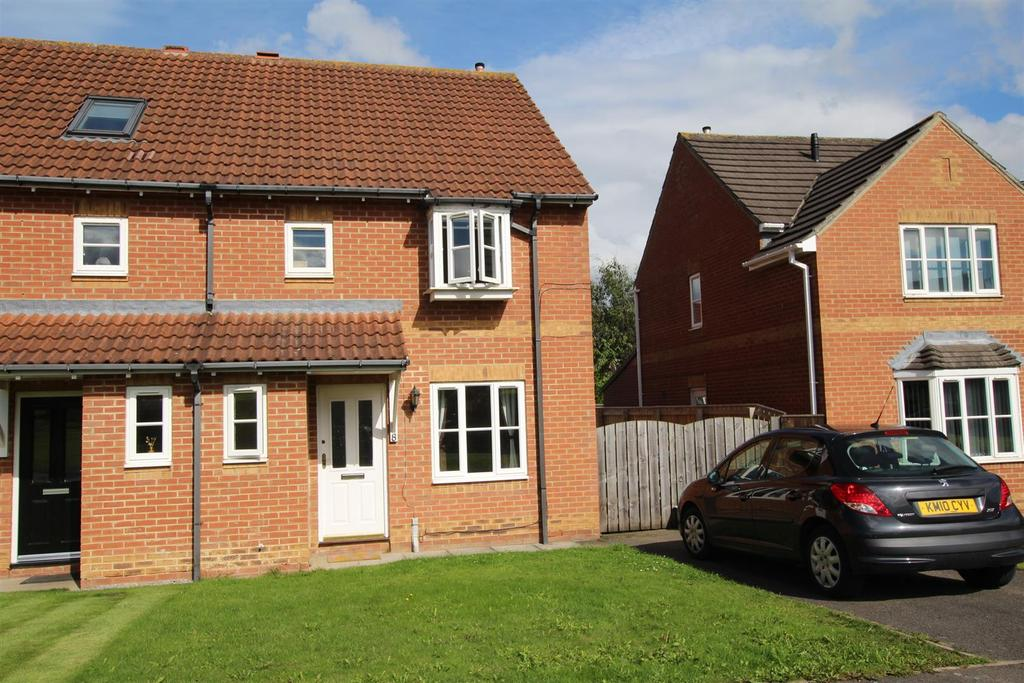 3 Bedrooms Semi Detached House for sale in Barton Close, Newton Aycliffe