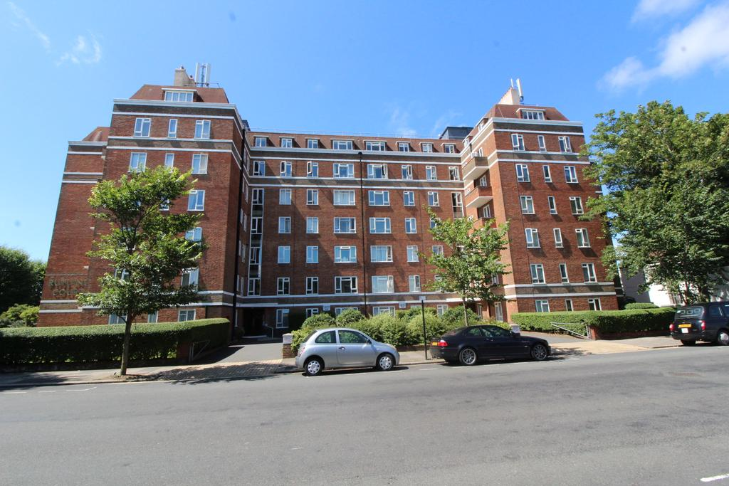 1 Bedroom Flat for sale in Rutland Court, New Church Road, Hove BN3